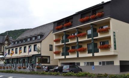 Hotel Brauer voorkant