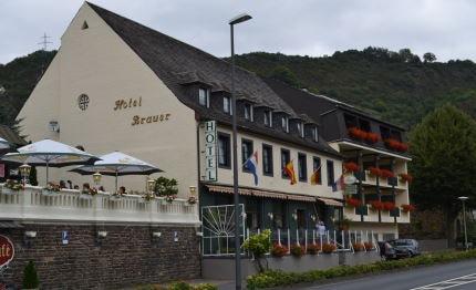 Hotel Brauer zijkant